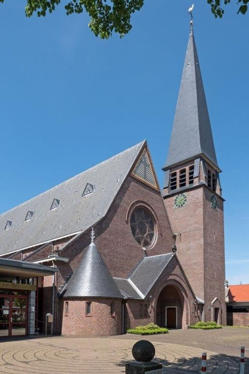 1.5 Willibrorduskerk in Heiloo